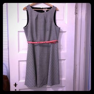 Elle striped dress with pink bow belt size Large